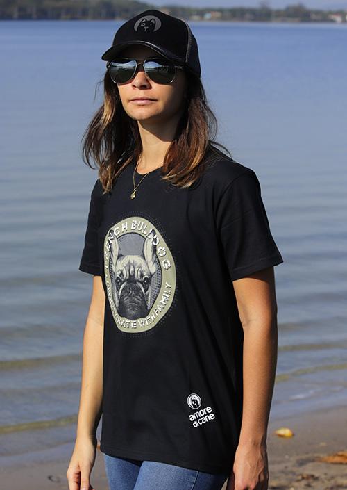 camiseta estampa cachorro bulldog preta feminina