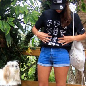 camiseta estampa cachorros